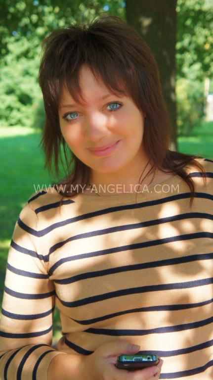 nubiles model Angelica